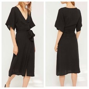NWT UO Lightweight Relaxed Fit Midi Wrap Dress